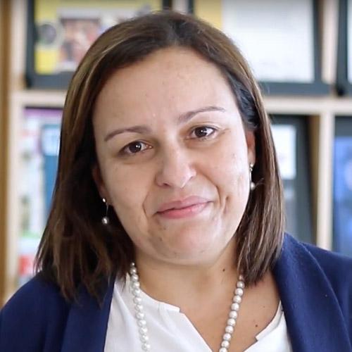 Professora Angélica Monteiro - Instituto Piaget